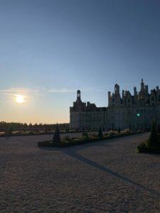 chateau de chambord avec levé de soleil